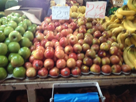 Fresh fruit is cheap at Victoria Market